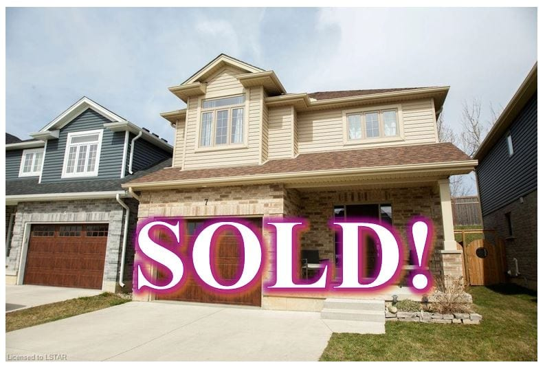 SOLD!!! 7 Queensway Drive, Strathroy